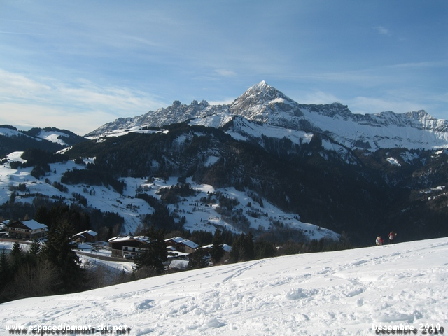 A droite, le Mont Charvin, encore et toujours...