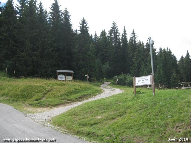Départ de l'itinéraire Cross-Country n°9 sur le sentier botanique du Col du Pré