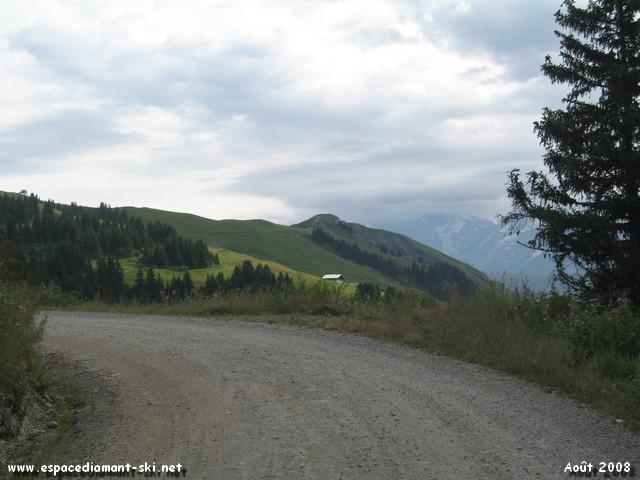 Vue sur le Mont Clocher au loin