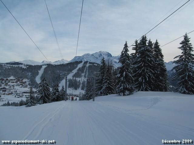 On se retourne : vue sur la Légette et le Mont Blanc