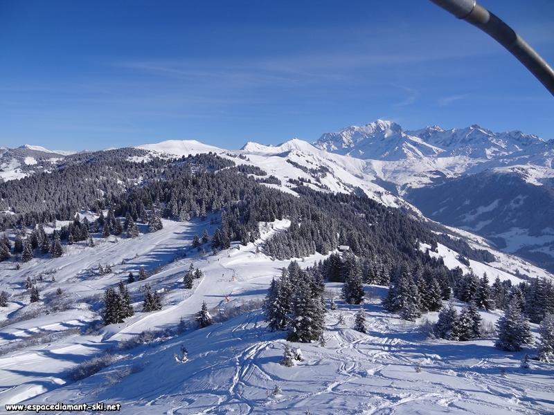 Les massifs de Brichou et du Vorès avec la Chaîne du Mont Blanc en toile de fond