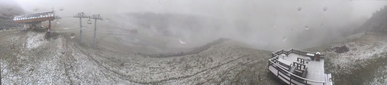 ...et jusqu'au sommet du Télésiège du Crêt du Midi, à 1723 mètres