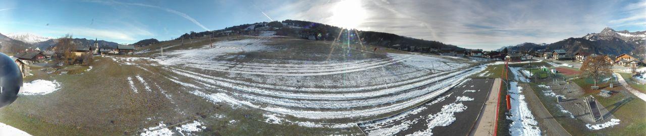Le front de neige de Crest-Voland...