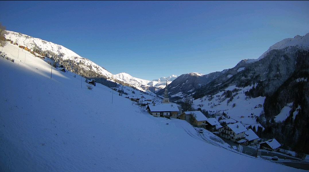 Pour la première fois de la saison la neige a recouvert l'ensemble de la vallée d'Hauteluce