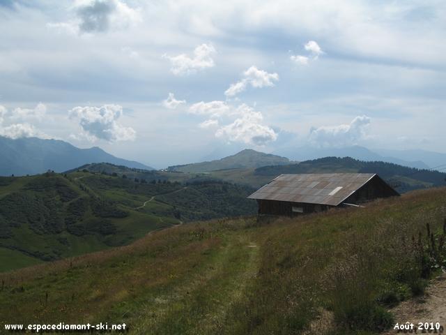 Le Col de la L�zette et Bisanne au loin