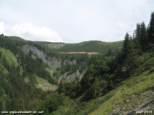Le massif du Crêt du Vorès