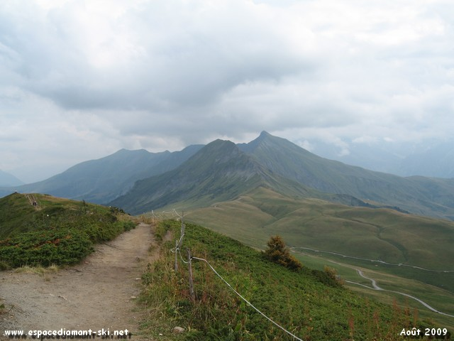 Vers le Col du Véry et les Aiguilles Croches