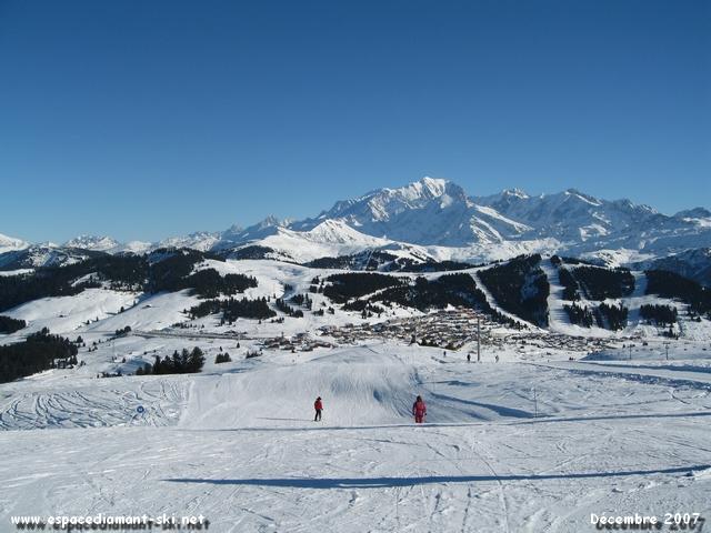 La station et le Mt Blanc depuis les Rhododendrons