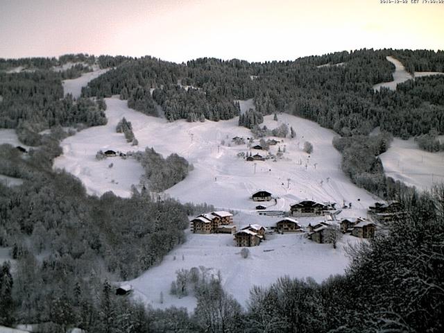 Le domaine de Flumet en pleine effervescence, à 2 semaines de l'arrivée des premiers skieurs