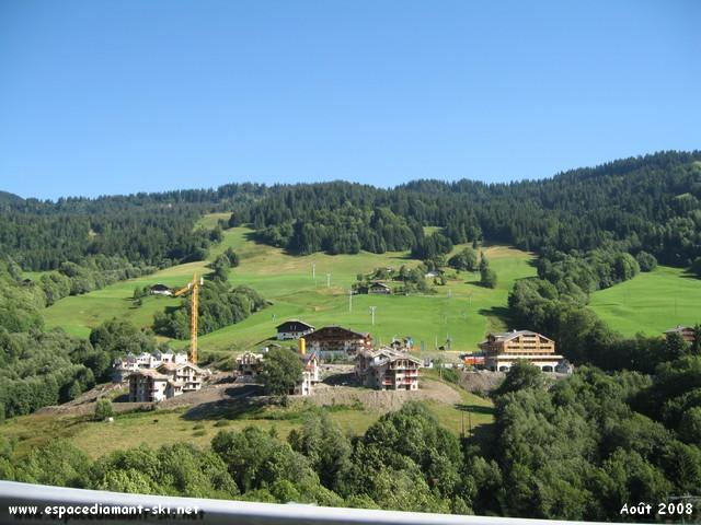 Les Evettes, nouvel hameau touristique de Flumet au pied des pistes