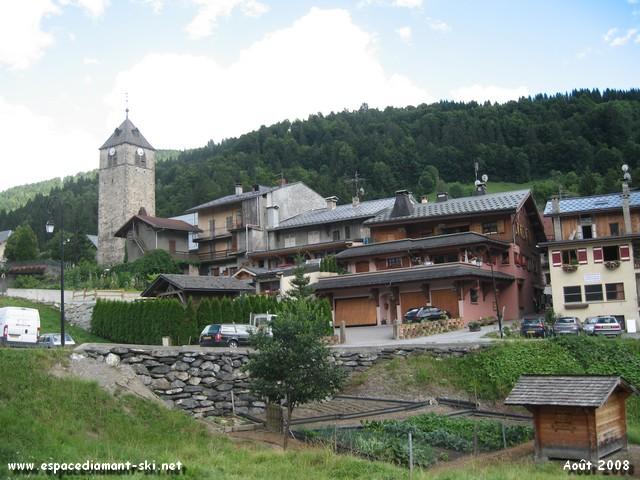 La station et son église médiévale