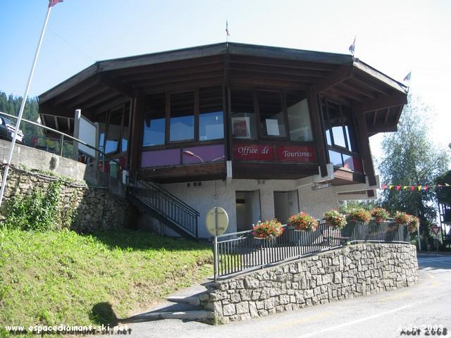 Le Dodécagone, l'Office du Tourisme Flumeran