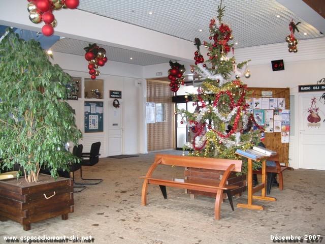 A l'intérieur de l'Office du Tourisme