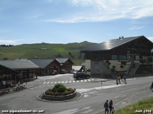 L'Office du Tourisme et Bisanne